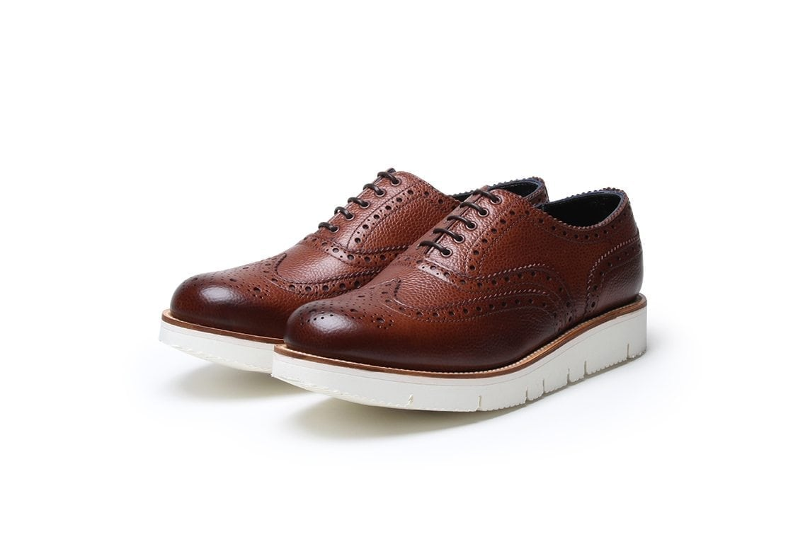 Bumble Bee Brogue in Brown Grain Leather